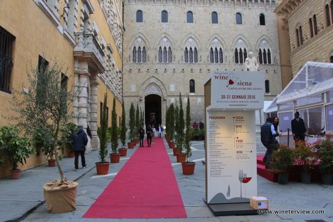 wine & siena, siena, monte dei paschi di siena, rocca salimbeni, palazzo salimbeni, mwf siena, merano wine festival, wine event, degustazione vini, wine testing, vino fiera,