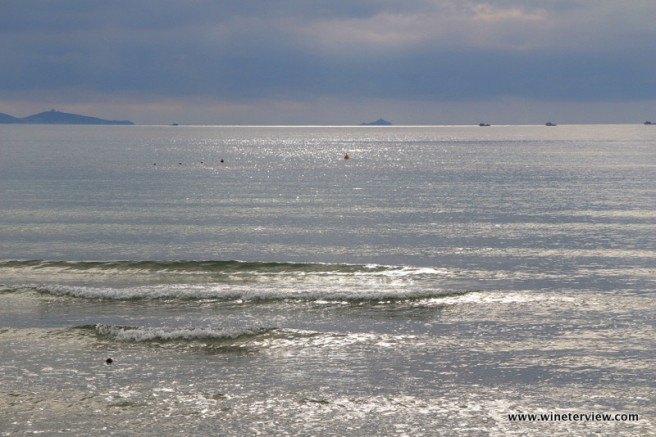 mare, follonica mare, follonica spiaggia, beach follonica, tuscan beach, primavera toscana, thyrrenian sea, тирренское море, фоллоника, пляж тоскана, маремма, mar tirreno, maremma