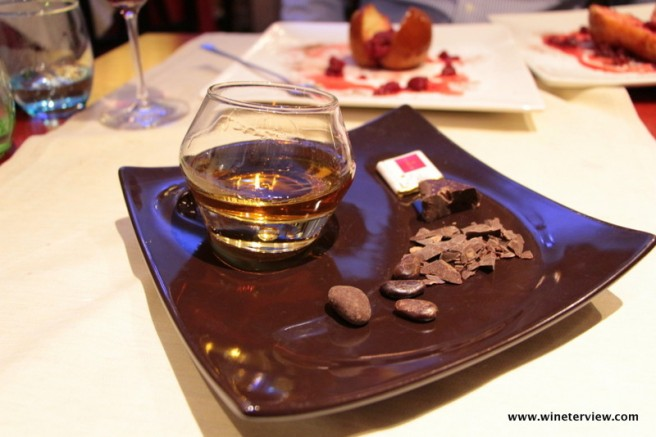 uva e malto, ristorante grosseto, grosseto, restaurant grosseto, cantina, enoteca, michelin, guida michelin , ristoranti michelin grosseto, best restaurants in tuscany, menu, uva e malto menu, seafood restaurant, chocolate, rum and chocolate, dessert, digestivo
