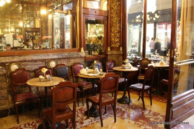 caffè mulassano, caffè storico torino, bar storico torino, vermouth, vermouth tradizione, vermut , vermouth mulassano, vermouth torino, aperitivo torino, aperitivo, locale storico, torino, turin, piedmont, piemonte