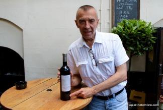 gordon's wine bar, gordon's london, wine bar, london wine bar, oldest wine bar in london, londra vino, gerard menan, wine lover, wine tasting, lebanese wine,